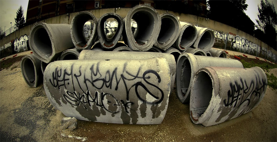 Distorted Tubes