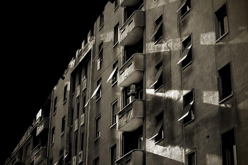 Heavy Buildings