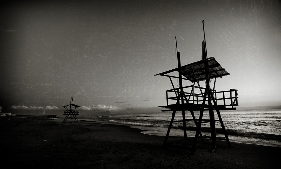 Beach Structures