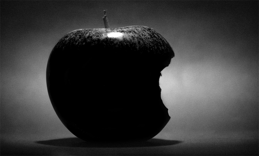 Mourning Apple